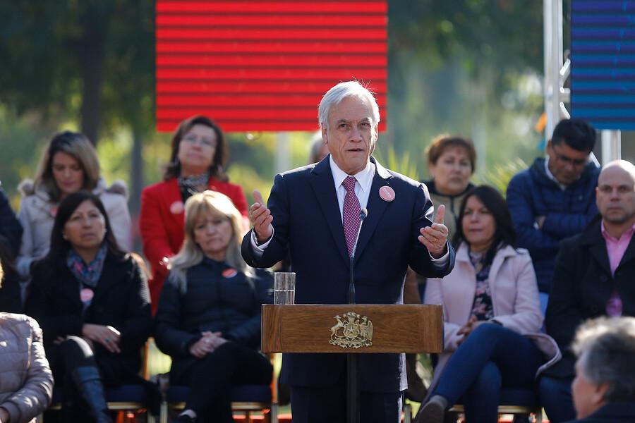 """""""Piñera y críticas a presencia de su hijo en gira a China:"""