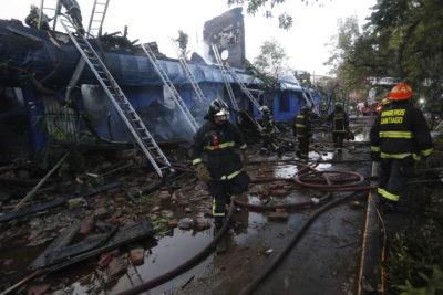 Incendio destruyó reconocido restaurant del barrio Brasil