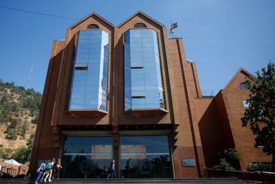 Canal 13 vende ex terrenos de Chilevisión por cerca de US$ 20 millones