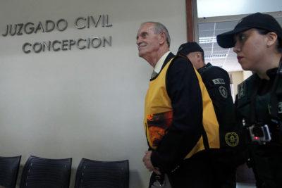 """Miguel Krassnoff fue internado en el Hospital Militar y su estado de salud sería """"complejo"""""""