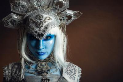 """""""Kliubet"""", el espectáculo de danza fusión, música y teatro que se inspira en la ufología"""