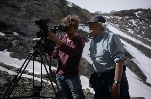 """""""Patricio Guzmán gana premio en Cannes por su último documental"""