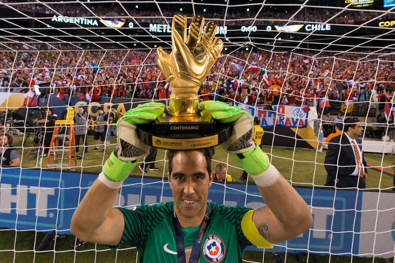 La publicación de Claudio Bravo tras polémica por su ausencia en la Roja para Copa América