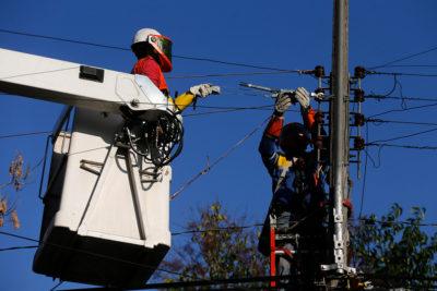 Enel: 15.885 clientes seguían sin servicio eléctrico hasta las 13 horas de este jueves