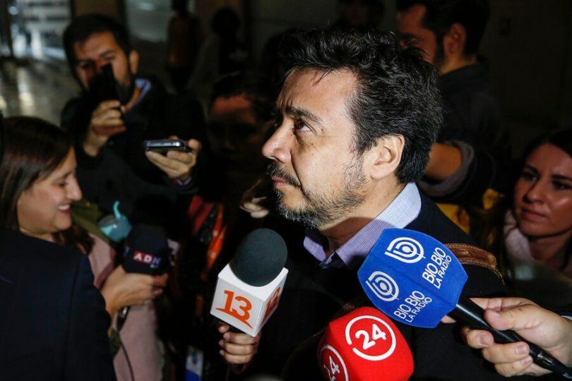 """Abogado de Emiliano Arias por Caval: """"Moya dijo que la Fiscalía Nacional limitó las preguntas a Bachelet"""""""