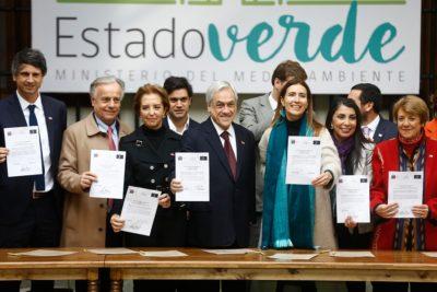 """Piñera lanza """"Estado Verde"""" para aplicar criterios de sustentabilidad en compras"""