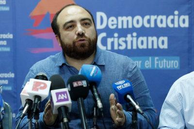 """Fuad Chahín responde con todo a Monsalve: """"DC se entiende con directiva PS, no con cualquier diputado"""""""