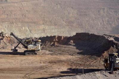 Producción industrial creció 0,7% en abril gracias a leve repunte de la minería