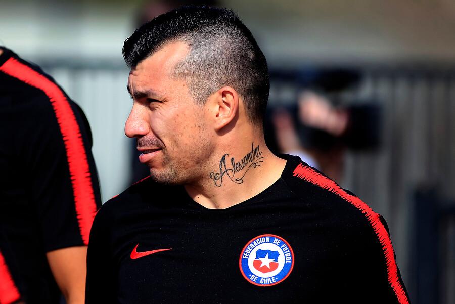 """Gary Medel lesionado tras enfrentamiento contra Colombia: """"Físicamente estoy mal"""""""