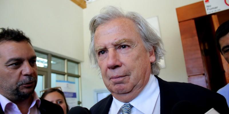 TC falla a favor de Raúl Schüler y podrá cumplir eventual condena por tenencia de armas en libertad