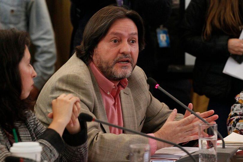 Diputado Jiménez dice que reforma a pensiones no mejorará en el Congreso