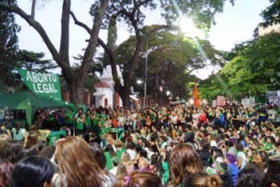 Argentina: presentaron un nuevo proyecto de aborto en plena campaña presidencial