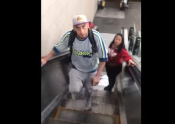 VIDEO | Funa nacional a sujeto que agrede a pareja lésbica en estación Quinta Normal del Metro