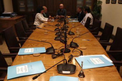 """""""¡Insólito e indignante!"""": la funa del diputado Jackson al Mineduc por plantón en subcomisión mixta"""