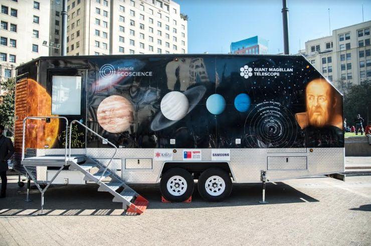 Presentaron laboratorio móvil que recorrerá Chile durante la temporada de eclipses
