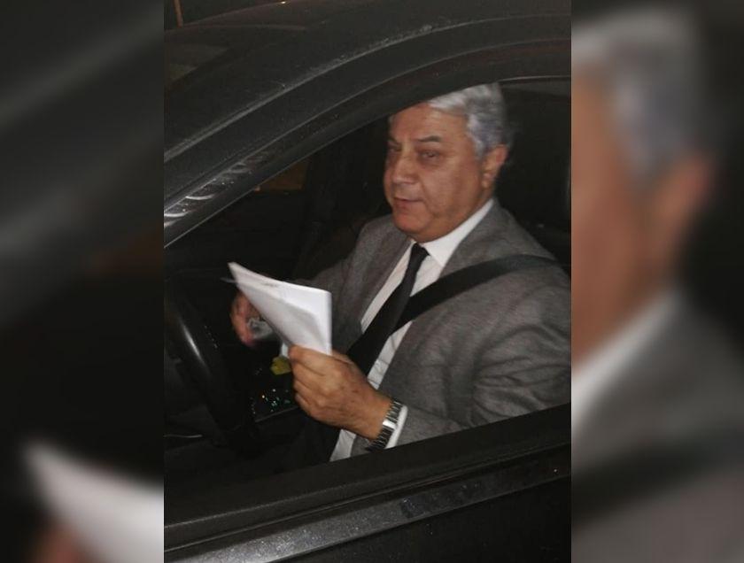 """""""Conductor denunció en Carabineros al diputado Jaime Naranjo por chocarlo y darse a la fuga: lo acusó de tener hálito alcohólico"""""""