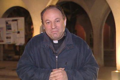 VIDEO | Frase en vivo y en directo del nuevo obispo auxiliar de Santiago sobre las mujeres y la Última Cena genera cientos de comentarios