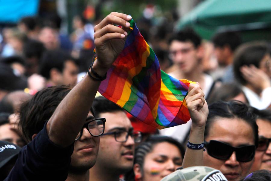 Movilh pide al Mineduc que indague suicidio de estudiante trans en Liceo Sagrado Corazón