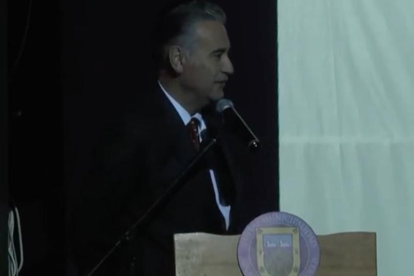"""""""Alcalde de San Vicente se disculpó por sus dichos machistas durante la cuenta pública"""""""