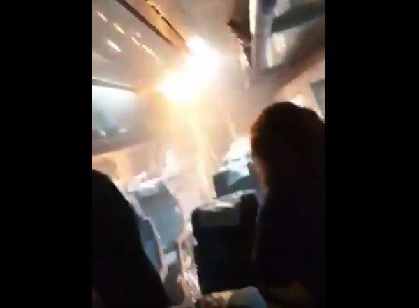 VIDEO | Amago de incendio y chispazos en tren causan pánico entre los pasajeros en San Javier