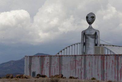 VIDEO   Youtuber se infiltró en Área 51 y logró sorprendentes registros