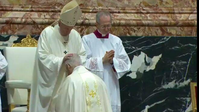 Vinculan a nuevo obispo auxiliar de Santiago con encubrimientos de abusos sexuales