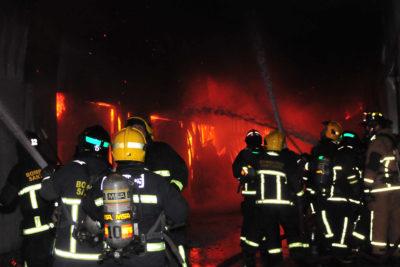 Ciudadano chino murió en incendio de local de tragamonedas en Pedro Aguirre Cerda