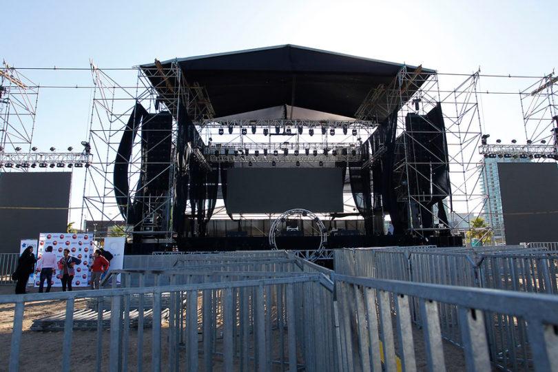 """Productoras advierten alza en precios de recitales y shows masivos por """"Ley del Telonero"""""""