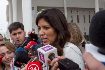 """Alcaldesa de Antofagasta por el partido Chile-Colombia: """"Llamamos a que lo vean en casa"""""""