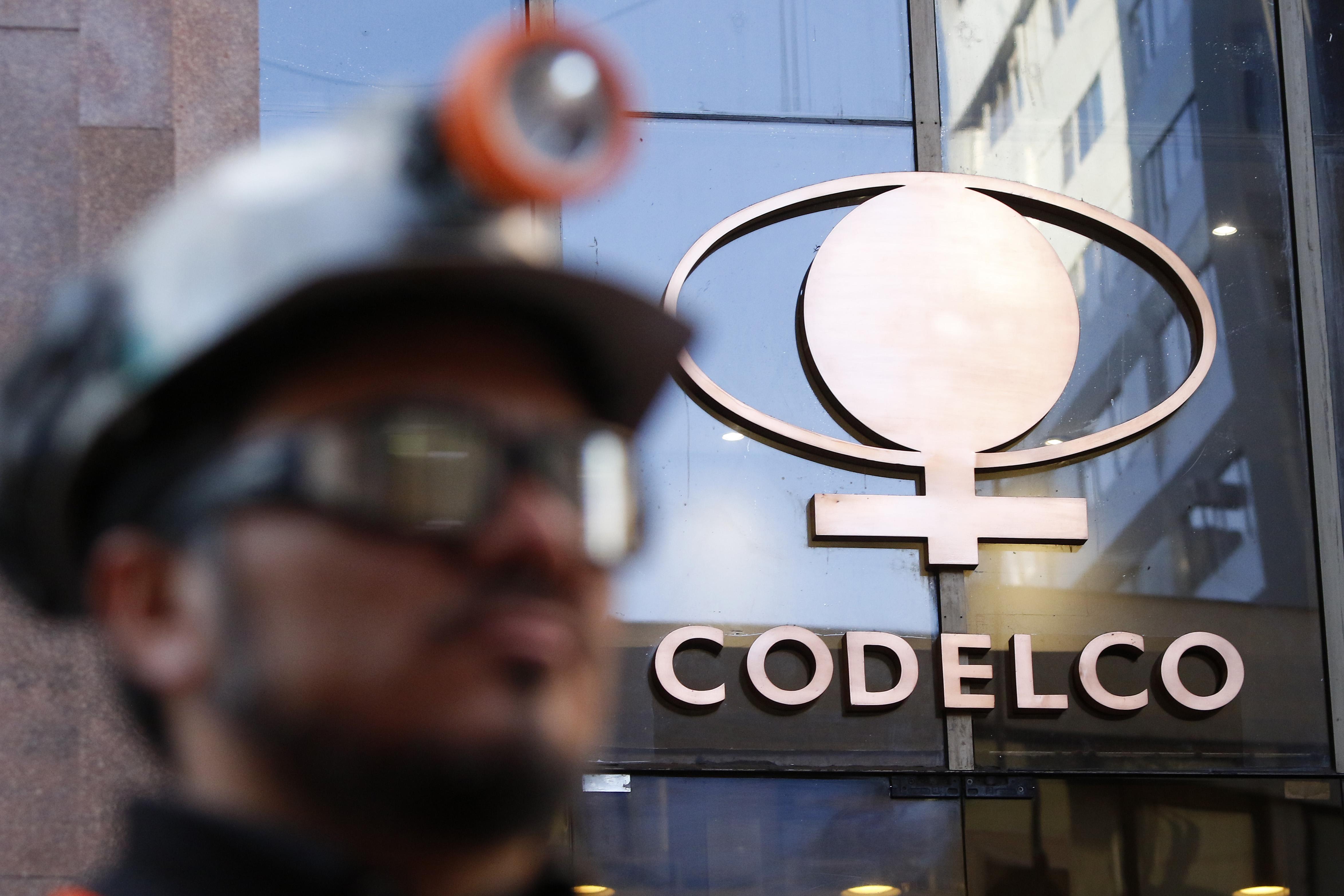Codelco prevé alto impacto por proyecto de las 40 horas: pérdidas serían de más de US$170 millones