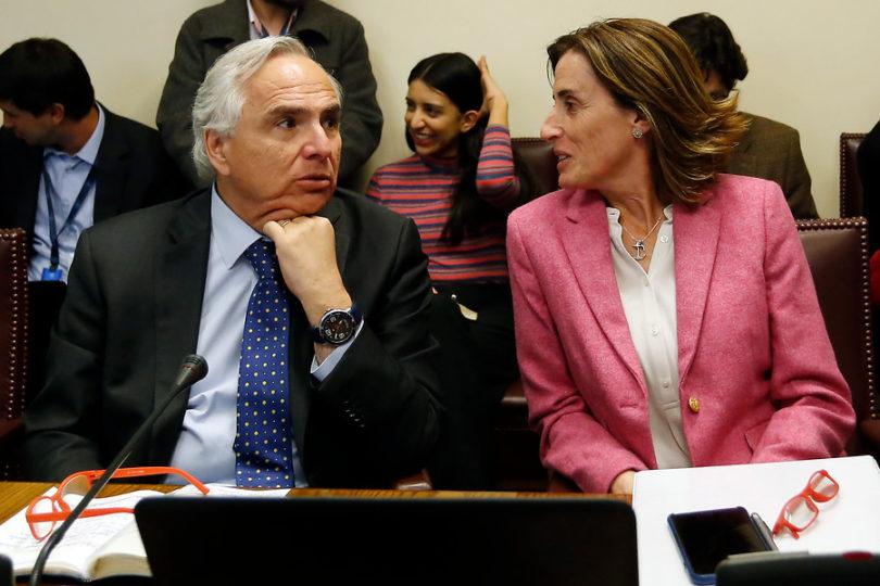 """Chadwick sale al rescate de Marcela Cubillos: """"Es una gran ministra de Educación"""""""