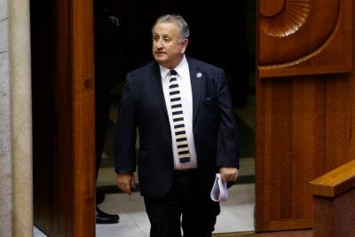 """Senador UDI pidió terminar con visas a venezolanos: """"No sabemos qué tipo de personas son"""""""