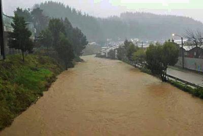 Decretan alerta amarilla en Curanilahue por riesgo de desborde del río