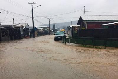 Declaran alerta roja en Concepción por desborde de río Andalién
