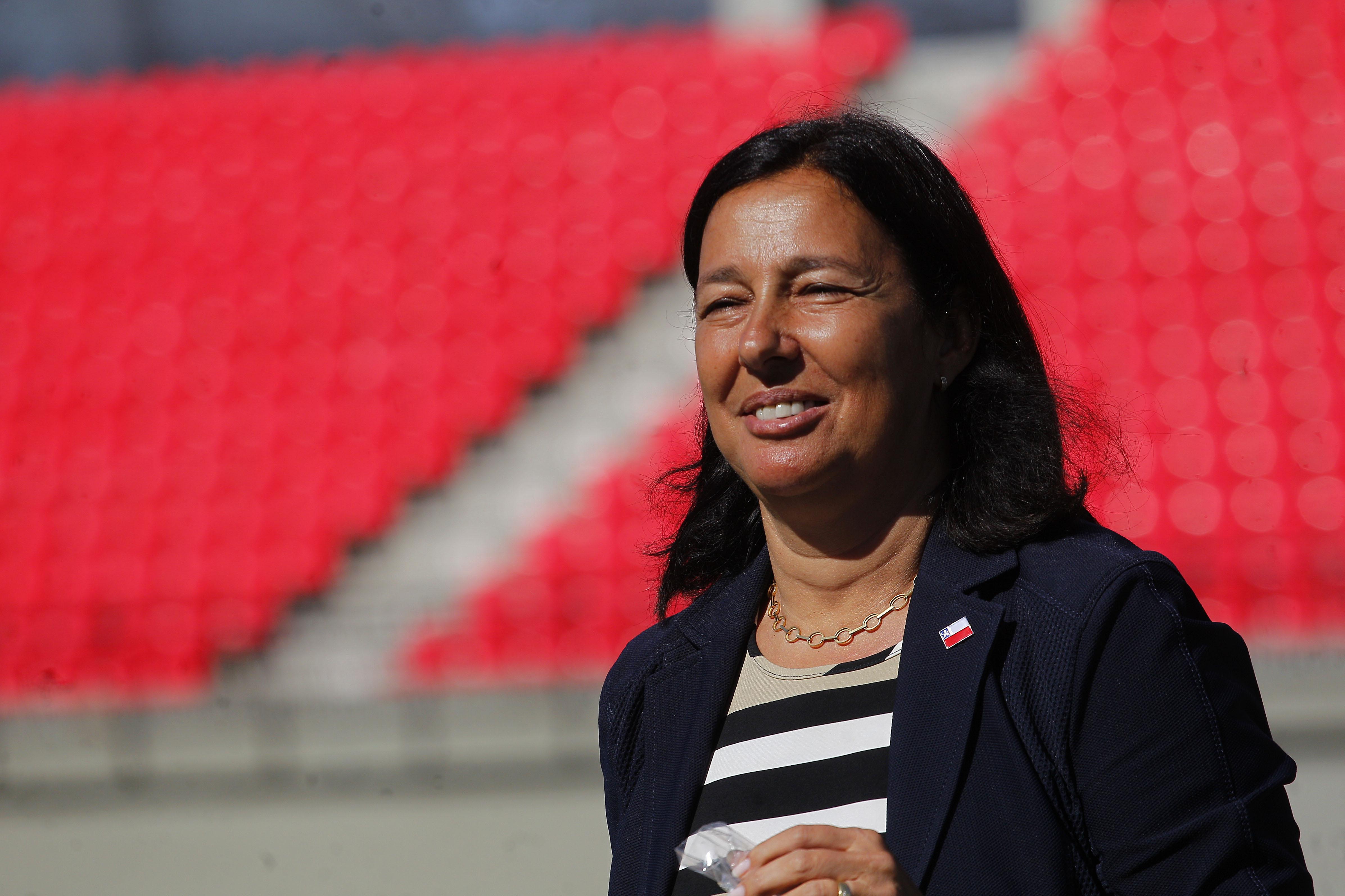 """""""Ministra Kantor se reunió con presidente de la FIFA por candidatura del 2030"""""""