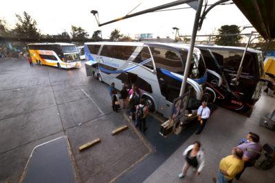 Tren rápido: dueños de buses temen por los empleos de 60.000 personas