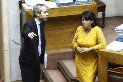 """Ley del Cáncer: senadora Provoste dice que planteamientos del Gobierno """"son humo"""""""