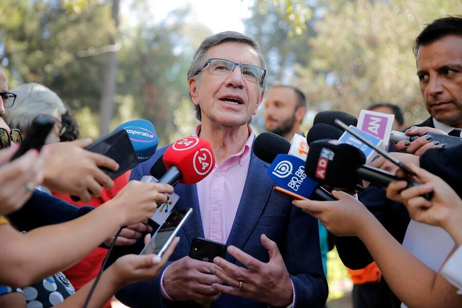 """Lavín propuso una """"brigada"""" de menores de edad para fiscalizar la venta de alcohol en Las Condes"""