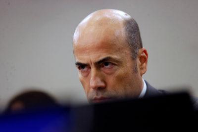Contraloría se enfrenta a funcionario despedido por detectar errores de cálculo de déficit municipales