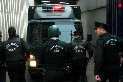 Estaba haciendo aseo: reo se escapó de cárcel de Curicó