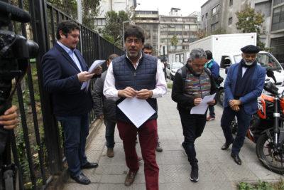 """El ninguneo de Daniel Jadue al ex intendente Ulloa tras su ataque por """"el peor gobierno en la historia de Chile"""""""