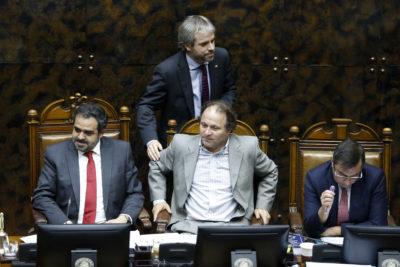 """Blumel llama a la oposición a """"apurar el tranco"""" de las reformas en el Congreso"""