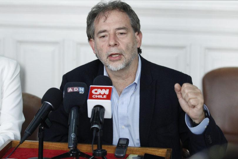 Girardi anuncia proyecto para cierre de todas las termoeléctricas antes del 2030