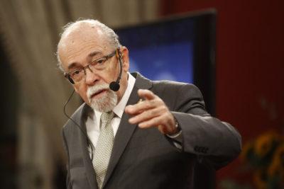 """José Maza le habla a Piñera por anuncios sobre ciencia: """"Está poniendo como la carreta delante de los bueyes"""""""