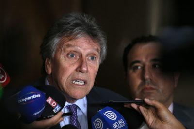 """Espina pide """"las más duras sanciones"""" por malversación de fondos en Ejército"""