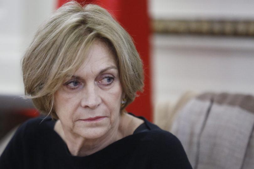 Evelyn Matthei justifica que el Ejército viole los Derechos Humanos