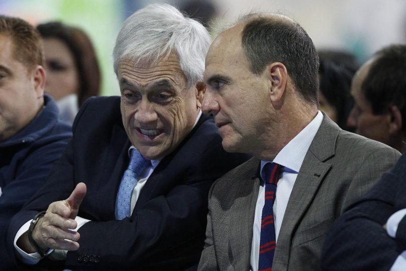"""Ministro Monckeberg: """"Cambio de gabinete es adecuado, pero no se sabe cuándo"""""""
