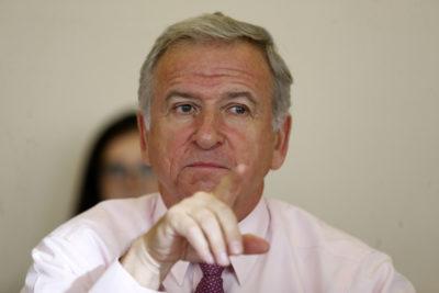 """Felipe Larraín por escenario económico tras IPoM: """"Duermo tranquilo y sin pastillas"""""""