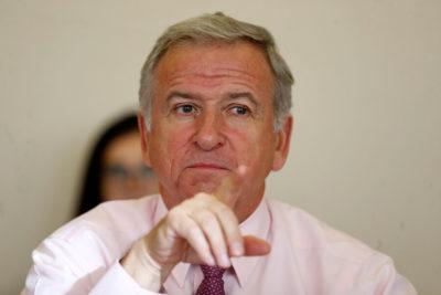 """Ministro Larraín por Imacec: """"Vamos a ver mejores cifras en el segundo semestre"""""""