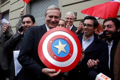 FOTOS | José Antonio Kast inscribió el Partido Republicano ante el Servel